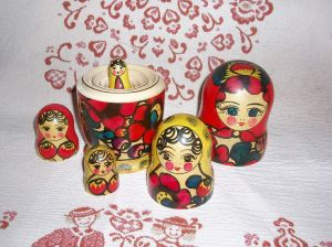 Russian-Matroshka Dolls  CC BY-SA 3.0