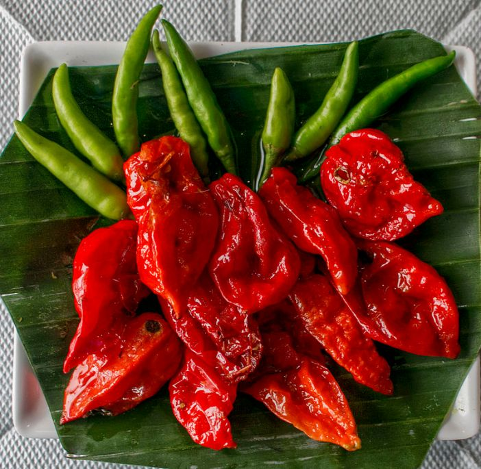 """Bhoot Jolokia ( Ghost Chili pepper )"" by Vikramjit Kakati - Own work. Licensed under CC BY-SA"